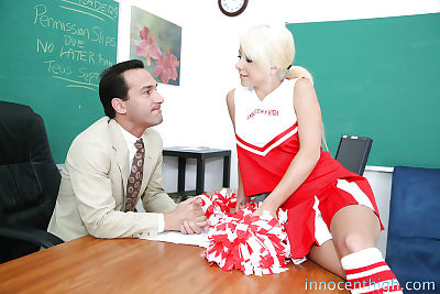 Awesome cheerleader Tessa..